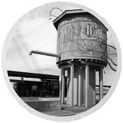Black And White Of A Water Tower Round Beach Towel