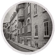 Black And White Old Style Photo Of Old Quebec City Round Beach Towel