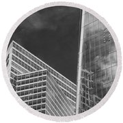Black And White Skyscrapers Round Beach Towel