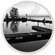 Black And White Sunset Round Beach Towel