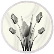 Black And White Tulips Drawing Round Beach Towel