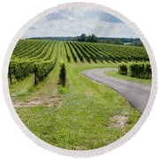 Maryland Vinyard In August Round Beach Towel