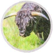 Black Highland Cattle Bull Round Beach Towel