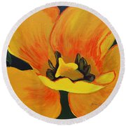 Bloomed Yellow Tulip Round Beach Towel