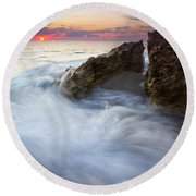 Blowing Rocks Sunrise Round Beach Towel