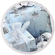Blue Christmas Gift Boxes Round Beach Towel