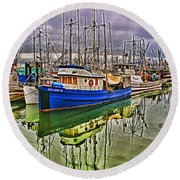 Blue Fishing Boat Hdr Round Beach Towel