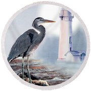 Blue Heron In The Circle Of Light Round Beach Towel