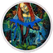 Blue Madonna In Tree Round Beach Towel