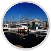 Blue Skies Over French Creek Round Beach Towel