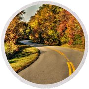 Blue Star Highway In Fall Round Beach Towel