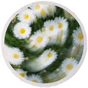 Blurred Daisies Round Beach Towel