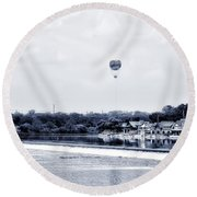 Boathouse Row And The Zoo Balloon Round Beach Towel
