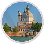 Boating Past Basilica Di Santa Maria Della Salute  Round Beach Towel