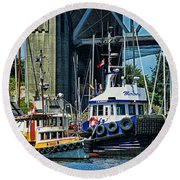 Boats And Tugs Hdrbt3221-13 Round Beach Towel