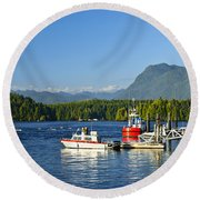 Boats At Dock In Tofino Round Beach Towel