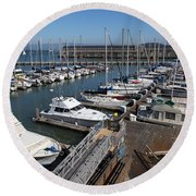 Boats At The San Francisco Pier 39 Docks 5d26004 Round Beach Towel