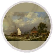 Boats Docking In An Estuary Round Beach Towel