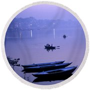 Boats On The Ganges River Round Beach Towel