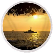 Boats Under The Hawaiian Sunset Round Beach Towel