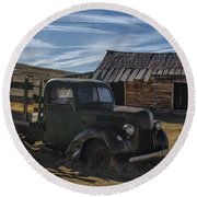 Bodie Abandoned Truck Round Beach Towel