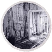 Bodie California In Black And White Round Beach Towel