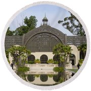 Botanical Building Round Beach Towel