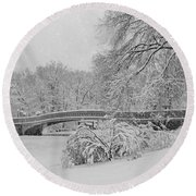 Bow Bridge In Central Park During Snowstorm Bw Round Beach Towel