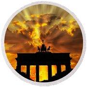Brandenburg Gate Brandenburger Tor Berlin Germany Round Beach Towel