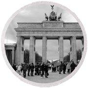 Brandenburger Tor - Berlin Round Beach Towel