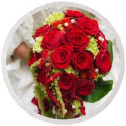 Bridal Bouquet With Red Roses Round Beach Towel