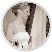 Bride Awaits Her Groom Round Beach Towel