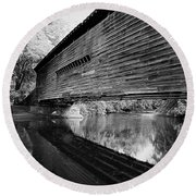 Bridge In Black And White Round Beach Towel
