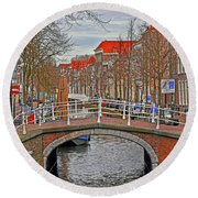 Bridge Of Delft Round Beach Towel