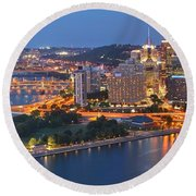 Bridge To The Pittsburgh Skyline Round Beach Towel