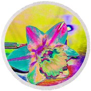 Bright Daff Round Beach Towel