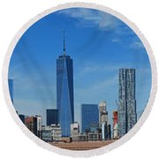 Brooklyn Bridge And Lower Manhattan Round Beach Towel