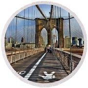 Brooklyn Bridge At Dusk Round Beach Towel