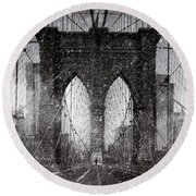 Brooklyn Bridge Snow Day Round Beach Towel