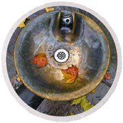 Bryant Park Fountain In Autumn Round Beach Towel