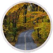Bucks County Road In Autumn Round Beach Towel