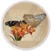 Butterflies Snd Flowers Round Beach Towel
