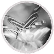 Butterfly In Motion #1961bw Round Beach Towel