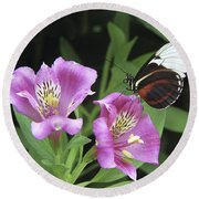 Butterfly On Pink Lillies Round Beach Towel