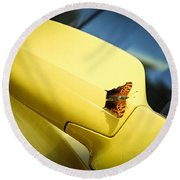 Butterfly On Sports Car Mirror Round Beach Towel
