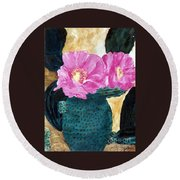 Cactus And The Pink Flower Round Beach Towel
