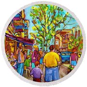 Cafes In Springtime Round Beach Towel