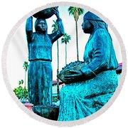 Cahuilla Women Sculpture In Palm Springs-california  Round Beach Towel