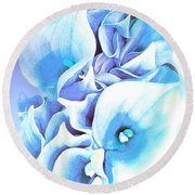 Calla Lilly So Soft Lilac And Blue Round Beach Towel