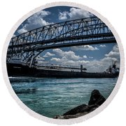 Canadian Tranfer Under Blue Water Bridges Round Beach Towel